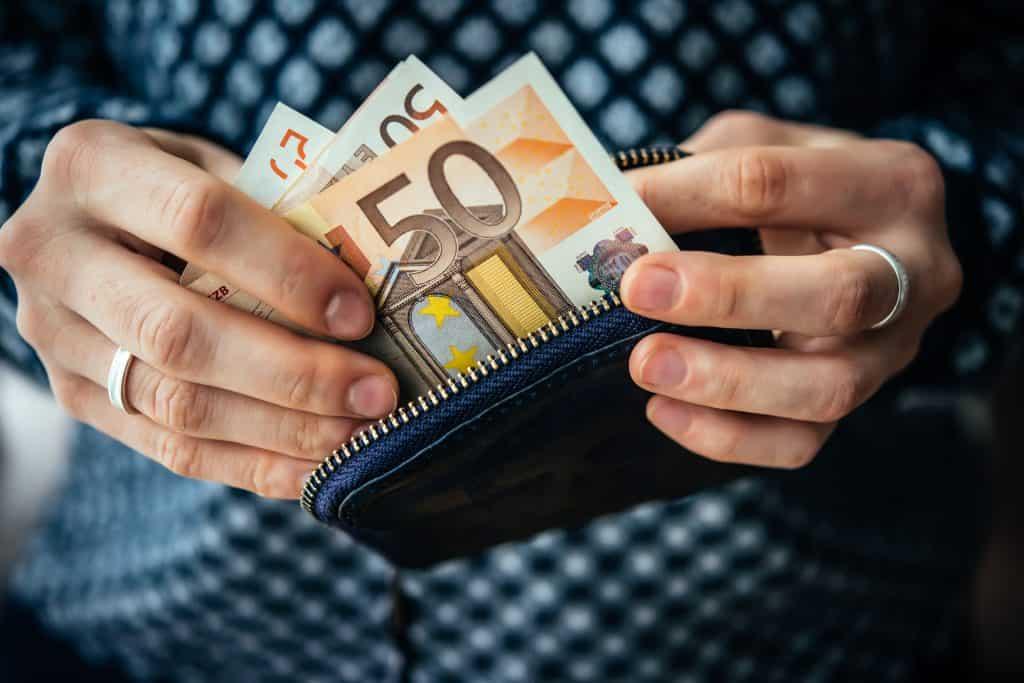 Kako dobiti kredit online